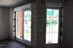 Blick durch die neuen Terassentüren