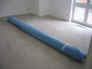 Teppichrolle im Schlafzimmer